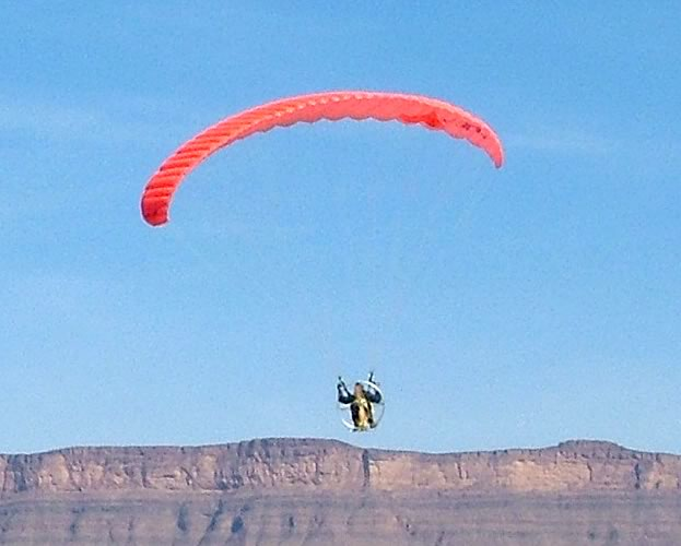 Raphaël Jun - Docteur en Biologie spécialité Ecologie - Paraglider - UML